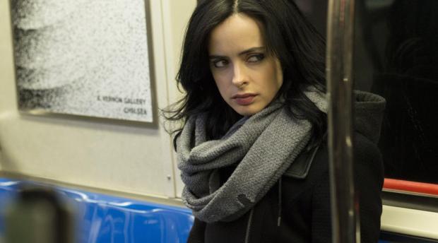 Krysten Ritter da vida a Jessica Jones, la protagonista de la nueva serie de Netflix junto a Marvel.