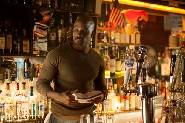 "Mike Colter es Luke Cage en ""Jessica Jones"", la nueva serie de Netflix junto a Marvel."